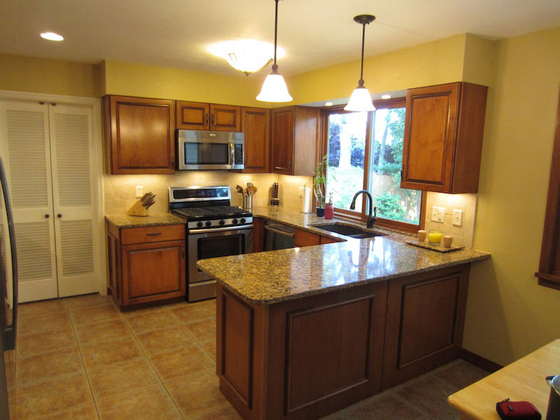 St. Louis Kitchen Cabinet