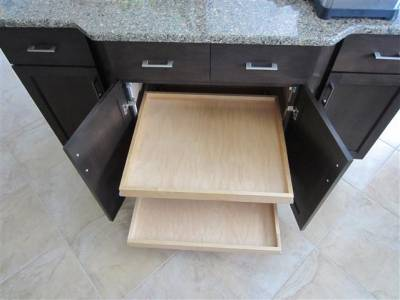 Cabinet Remodeling | Pull-Out Shelves